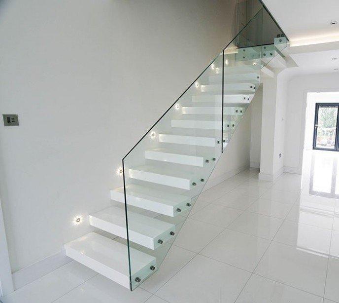 Консольная лестница Wall Vista