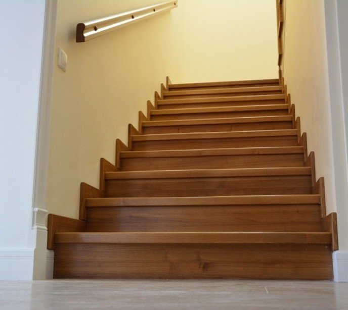 Маршевая лестница из дуба Агата