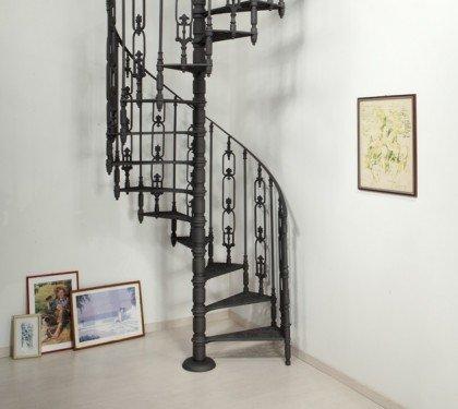 Винтовая чугунная лестница ML