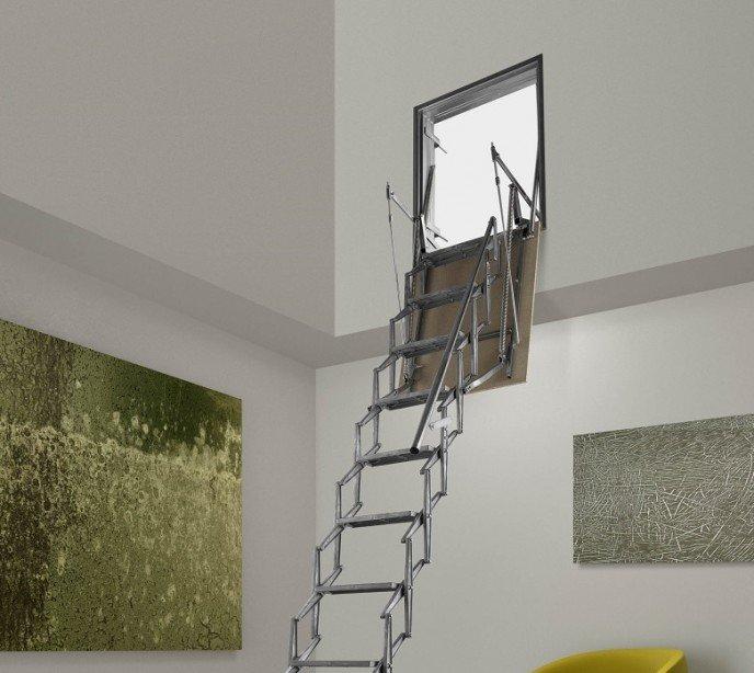 Раздвижная лестница для установки в стену Aci Verticale Fantozzi