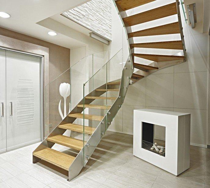 Элитная маршевая лестница Fascia Glass