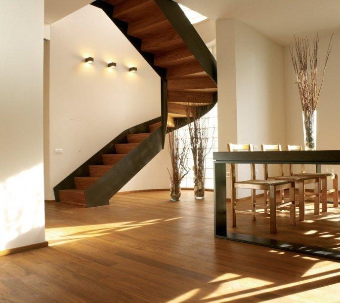 Маршевая комбинированная лестница Fascia One