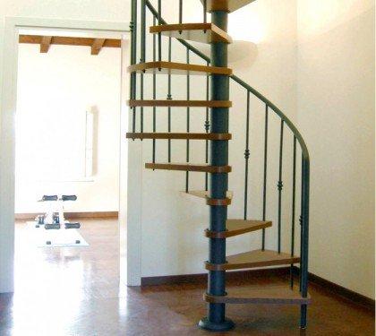 Винтовая итальянская лестница Emme 87