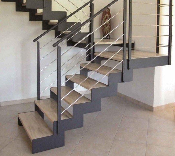 Маршевая лестница на косоурах Laser Marmo