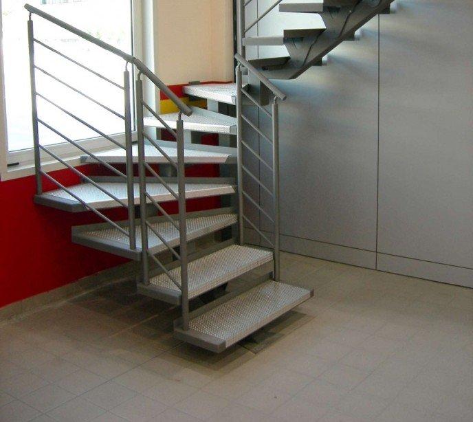 Металлическая маршевая лестница FF1 new