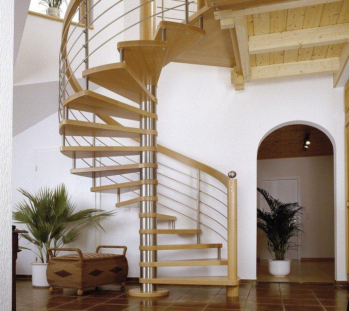Винтовая лестница с ригельным ограждением Мира М