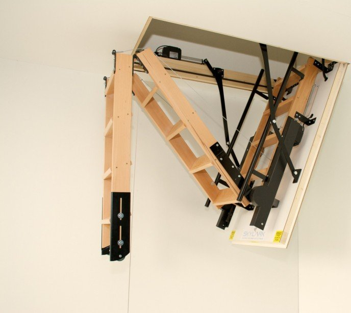 Автоматическая чердачная лестница SkyLark