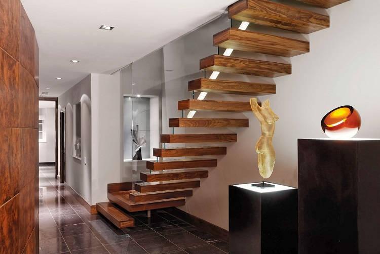 Консольная лестница с площадкой